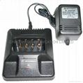 摩托罗拉MT1000对讲机充电