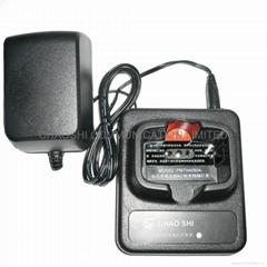 摩托罗拉P020/030对讲机充电器