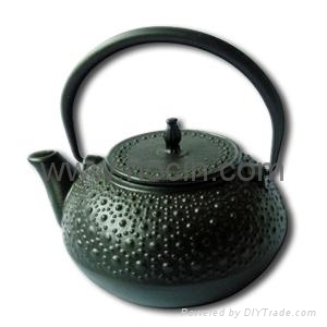 0.6 liter tetsubin cast iron teapot with tortoise shell patter design 1