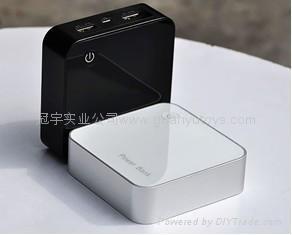A品电芯3600mah新款时尚移动电源 数字显示移动电源 双USB输出 1