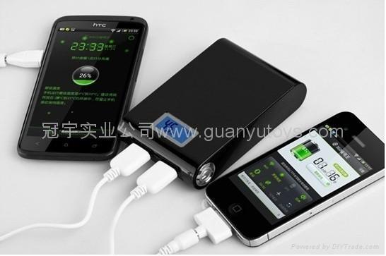 A品电芯4800mah双输出数显移动电源 时尚手机充电宝 2