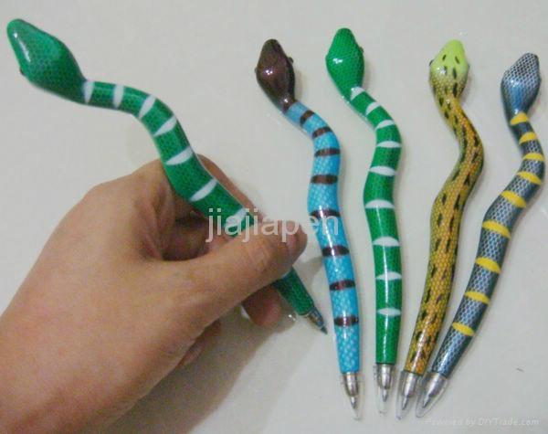 创意型蛇笔 1