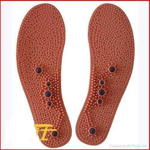 far infrared insole with magnets  1