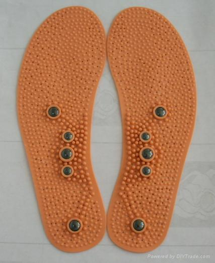 far infrared insole with magnets  2