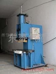 C型80T氣液增壓沖壓機