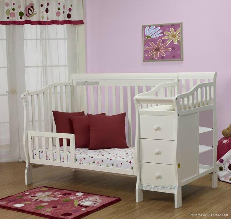 嬰儿床 4