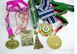 medal with ribbon 1