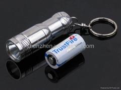 Trustfire Mini-01不鏽鋼手電筒帶鑰匙環