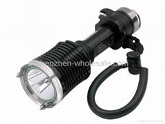 Smiling Shark SS-A105 CREE XM-L T6 LED 1-Mode Diving Flashlight