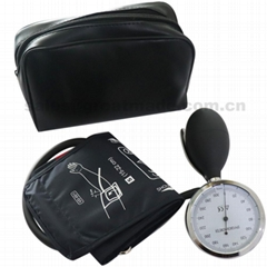 Pediatric matual aneroid sphygmomanometer blood pressure cuff KITS