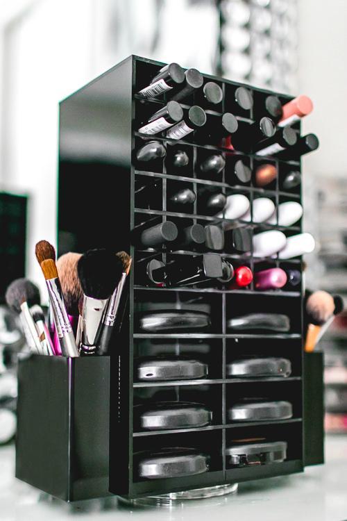 工厂定做 亚克力桌面化妆品收纳盒 360度旋转口红架 唇膏箱彩妆护肤架 8