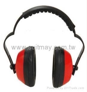 Ear Muff 2