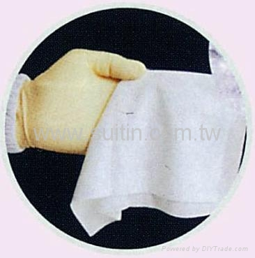 Class 10 Cleanroom Wipes  1