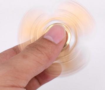 Popular metal toys fidget spinner hand spinner with finger gyro 2