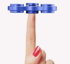 LED finger spinner  hand spinner fidget have noctilucent at night 2