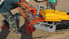 意大利PFG巴拉酷達小型自行進手扶履帶式沙灘清潔機