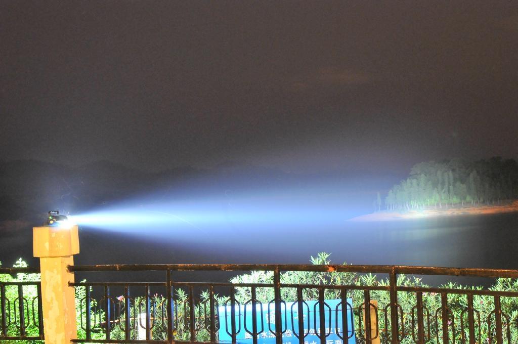 Diving  Flashlight 3