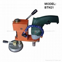 Portable glass drilling machine