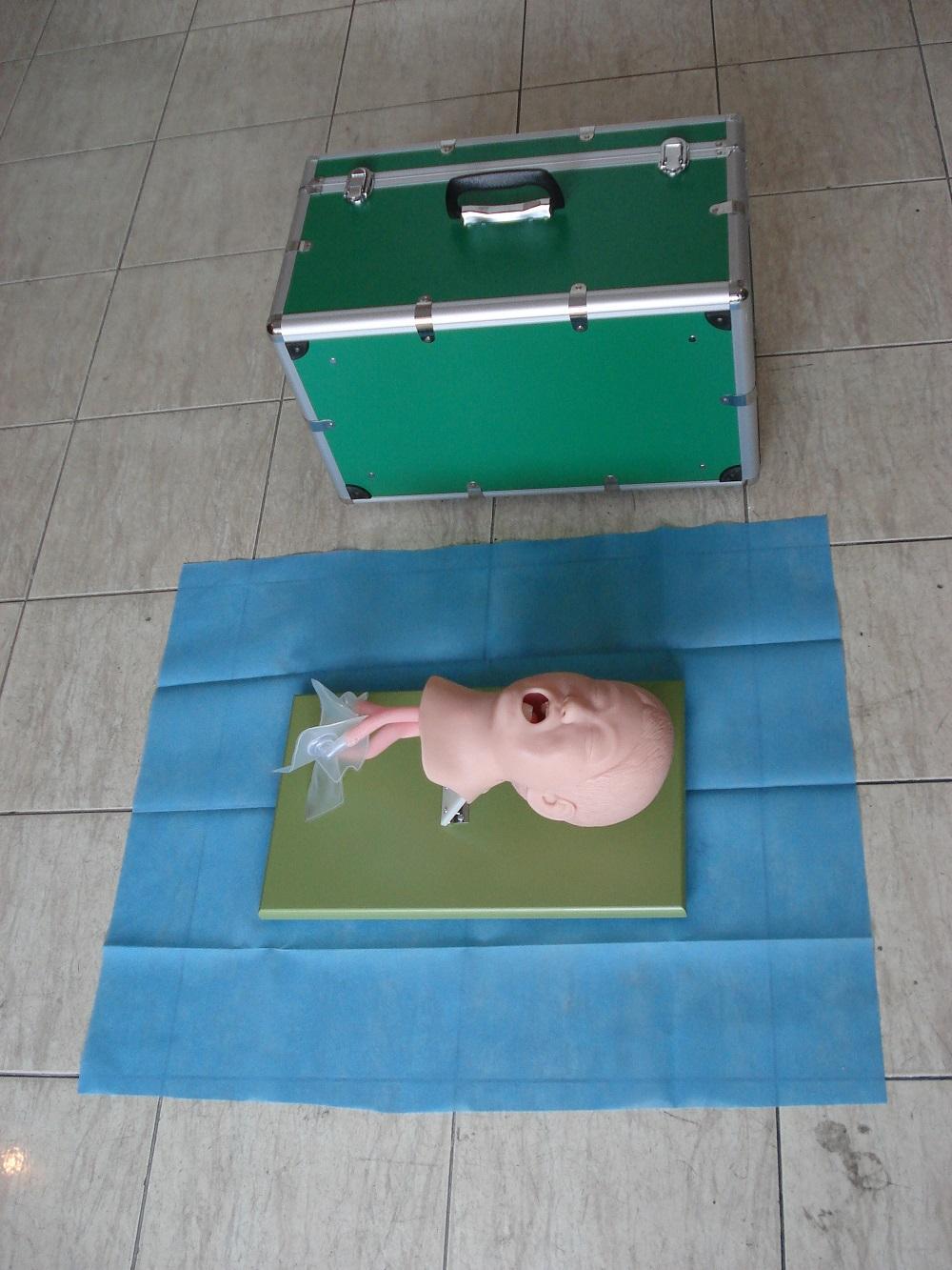 EM-014  儿童气管插管模型 3