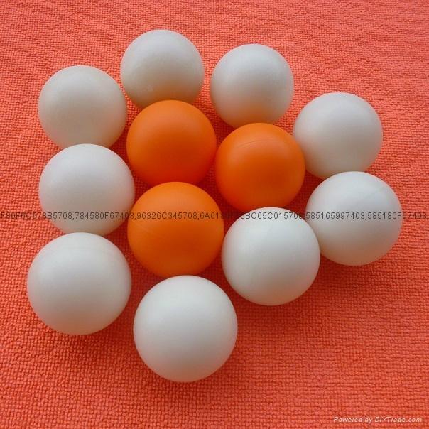 Plastic hollow bowling ball