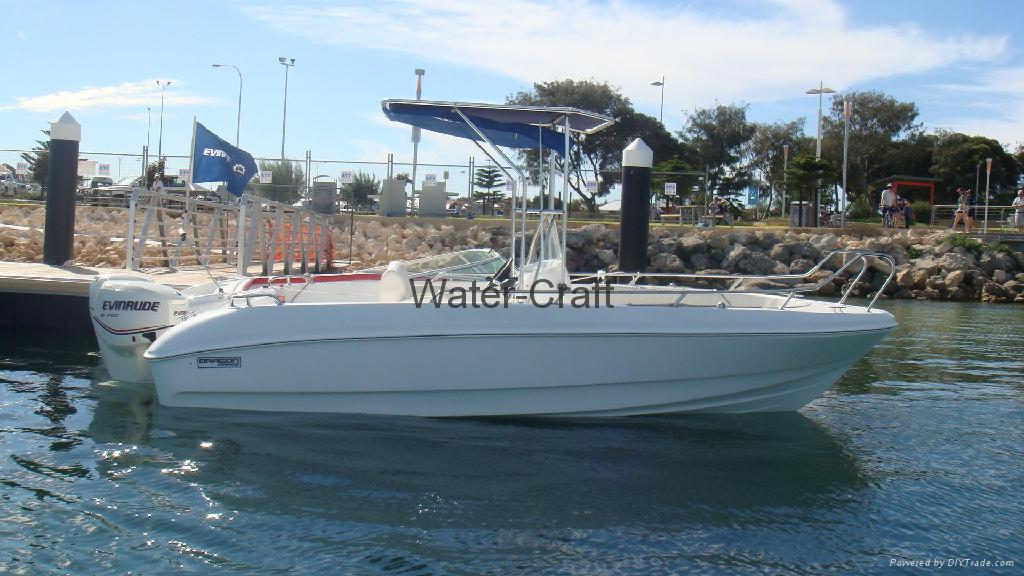 Sp190d center console fishing boat sport boat china for Sport fishing boat manufacturers
