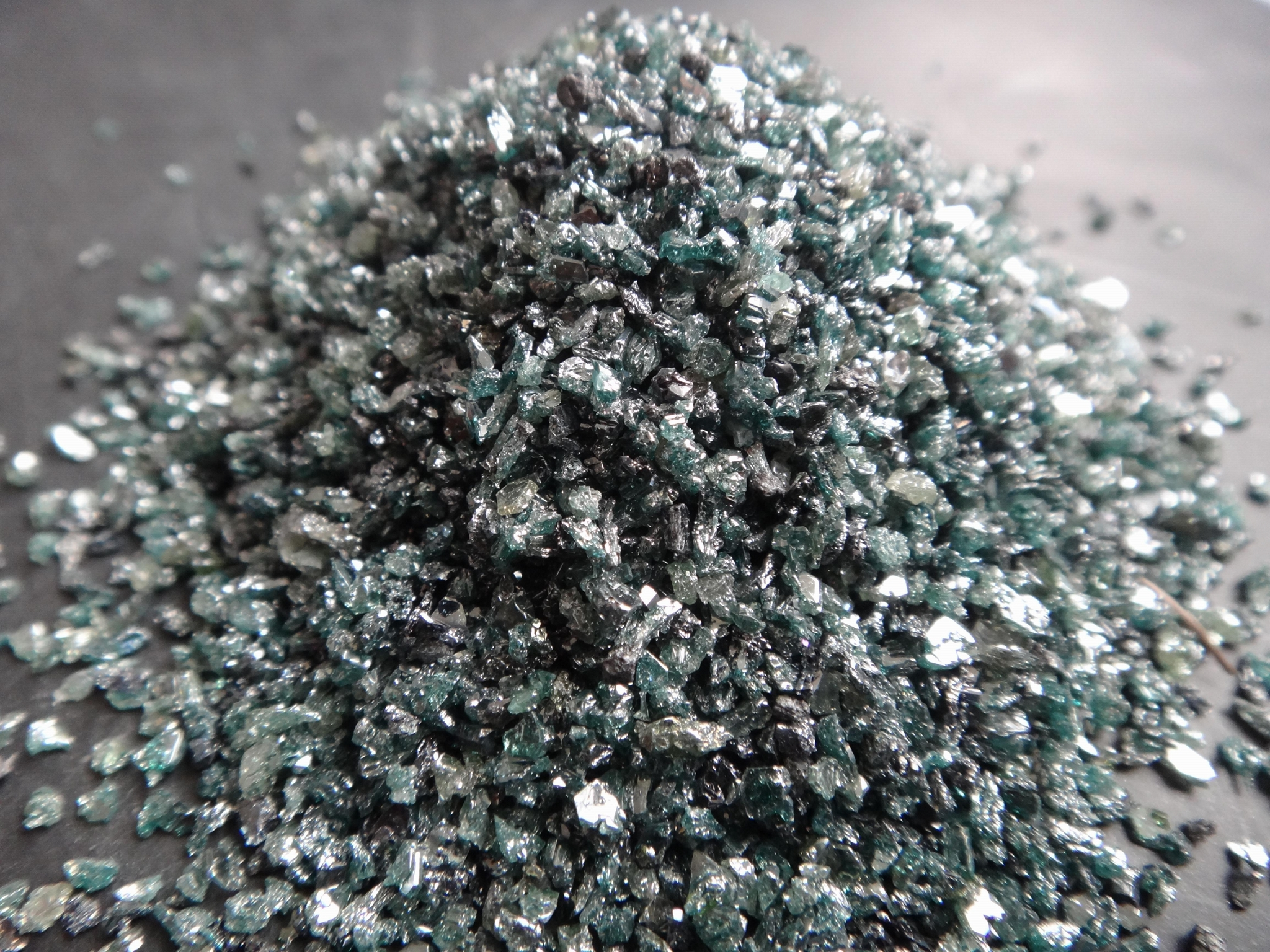 green silicon carbide (refractory, ceramic material) 4