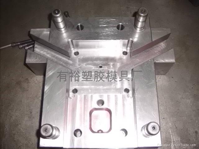 铸钢模具制造商 1