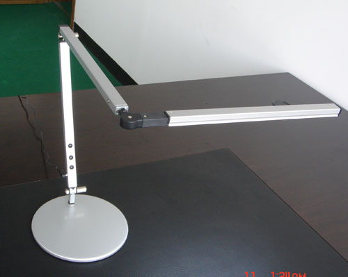 led desk lamp 1