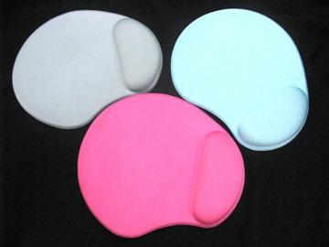 Gel Mouse Pad with Wrist Rest - GW-GELBM004-LTR 1