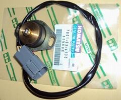 小松PC200-6油门定位计