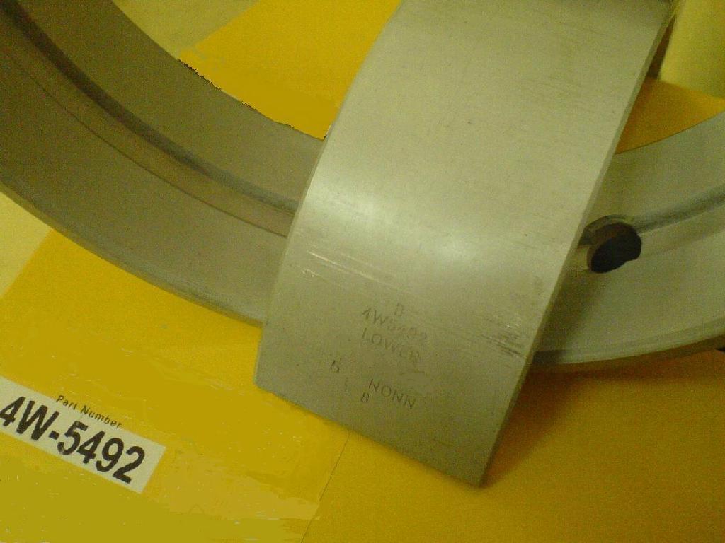 CAT3406主軸瓦替換件 1