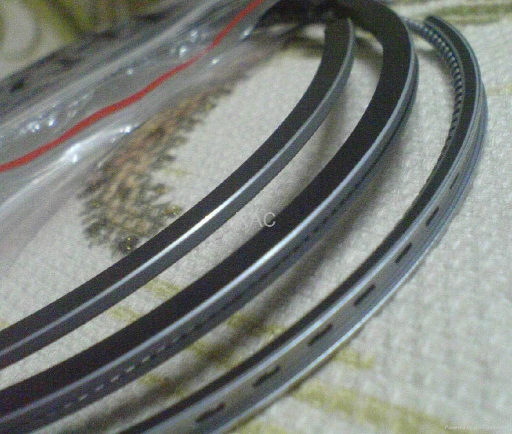 Piston rings for Mitsubishi fuso 4D33 1