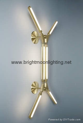 PRIS wall lamp by PELLE