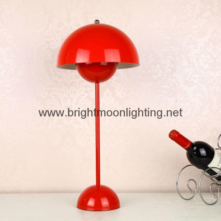 小花盆現代經典五金臺燈 BM-3072T S 1
