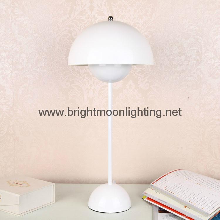 小花盆現代經典五金臺燈 BM-3072T S 4