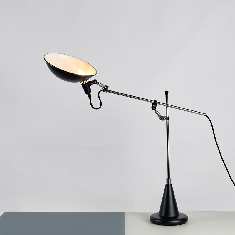 北欧后现代经典铝材不锈钢床头台灯 4