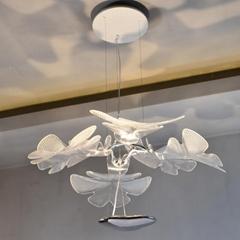 北歐設計師現代客廳亞克力花瓣餐吊燈