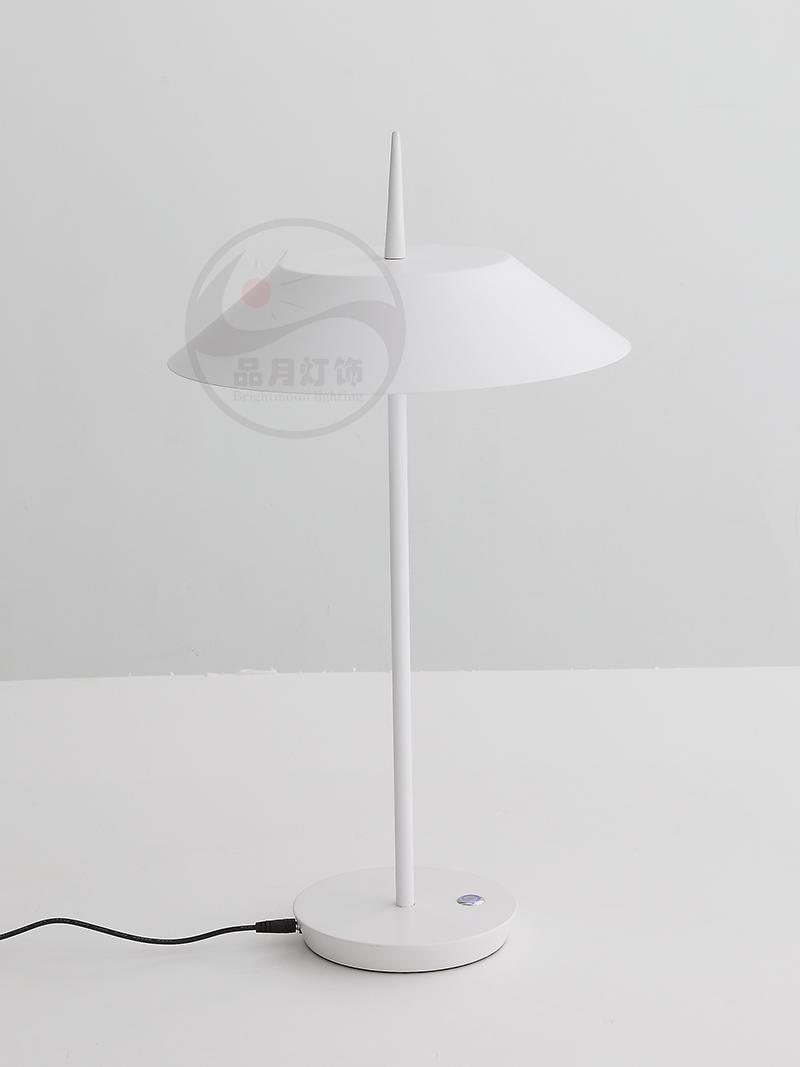 北欧简约现代客厅卧室灯西班牙设计师雨伞台灯 BM-3043T 3