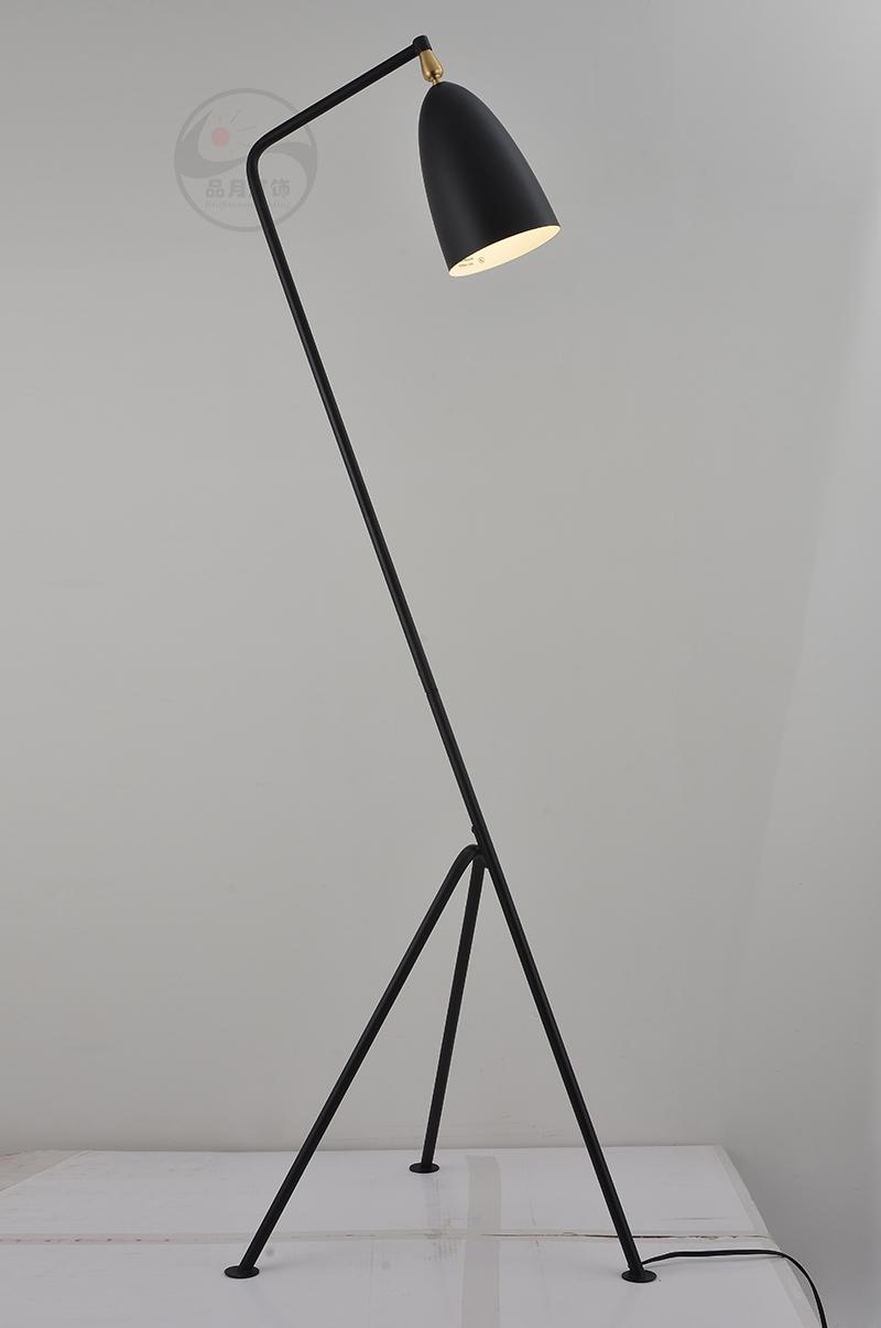 Simple modern study floor lamp 2