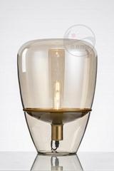 北歐客廳玻璃臺燈現代創意臥室書桌床頭燈 BM-2064T