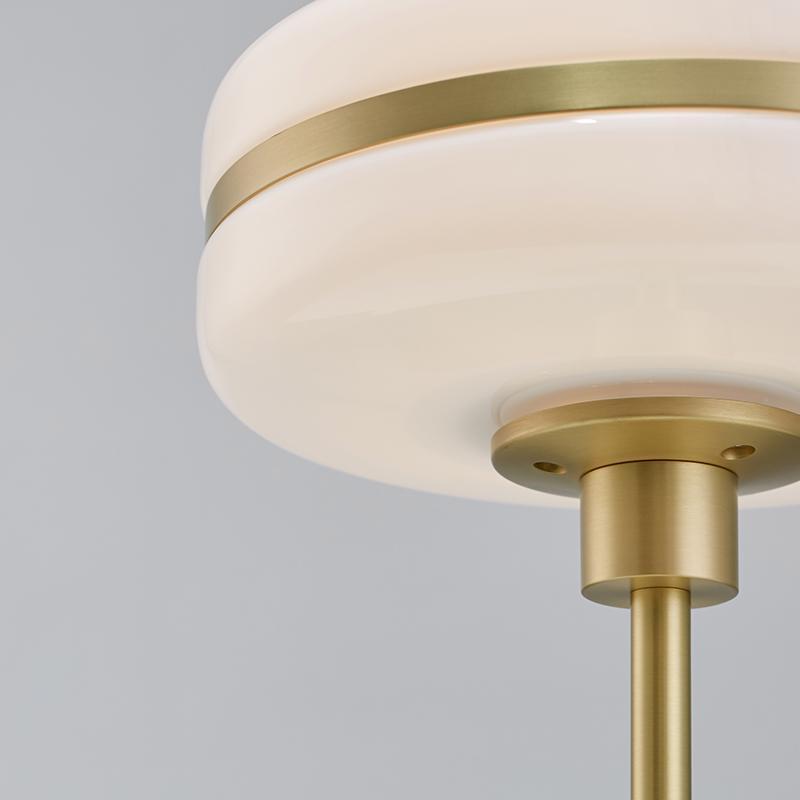 Light luxury bedroom floor lamp 3