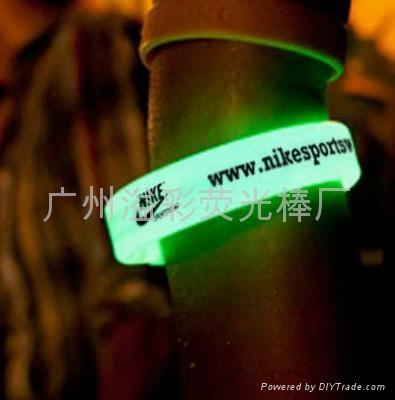 glow bracelet, glow stick bracelet, chemical light sticks 1