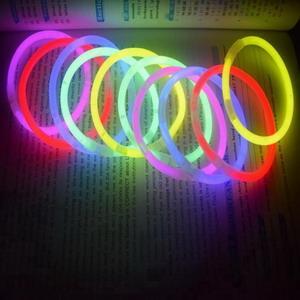 5*200mm glow stick for 8 inches glow bracelet 1