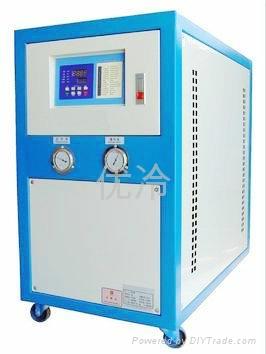 水冷式冷水机 1