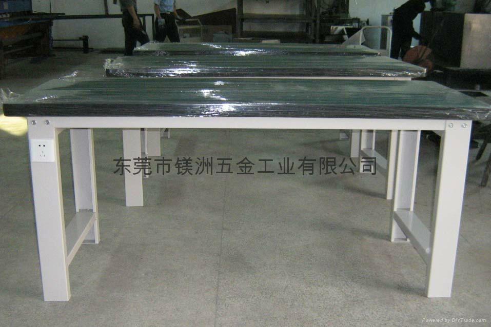 工具柜式重型工作台 4