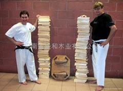 跆拳道擊破木板