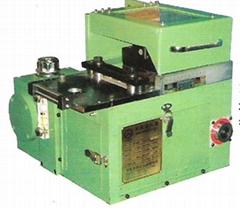 新型夹式送料机