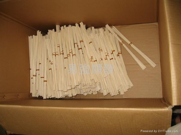 Reed sticks diffuser 1