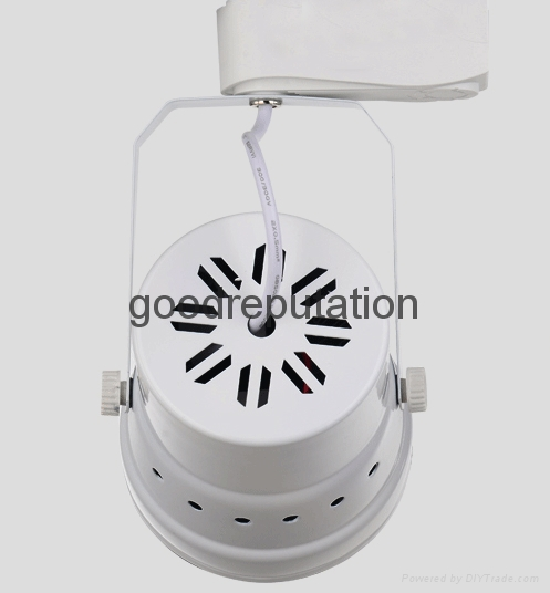 zhongshan supply LED track spot light for clothes shop in house indoor light 3