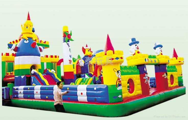 河南龍泰玩具廠專業生產大型充氣玩具充氣跳床 蹦蹦床 1